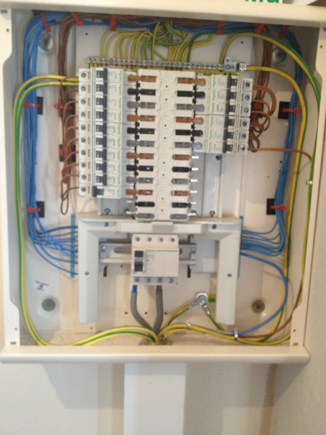 distribution board jlm electrical rh jlmelectrical co uk Information Distribution Board 12 Information Distribution Board 12